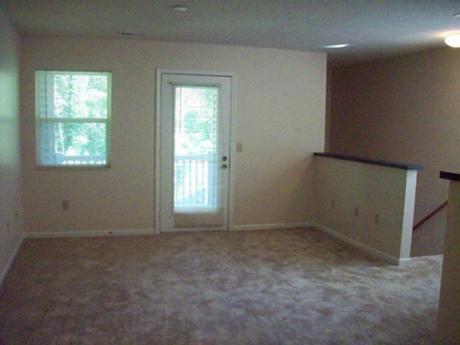 Arbors at Georgetown Living Room
