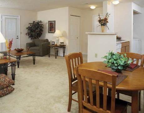 Arbors at Georgetown Living Room 2