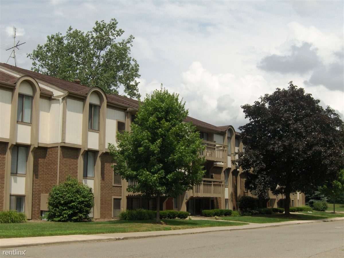 Apartments near St. Joe's Hospital