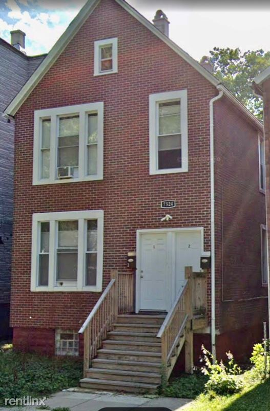 7524 S Ellis Ave 1