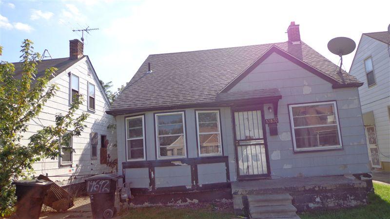 13870 Manning St