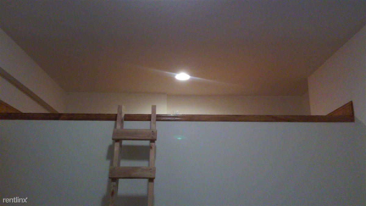 loft space in bedroom