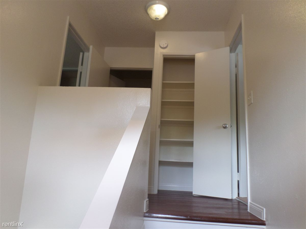 Stairs Linen closet and Bedrooms