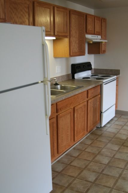 Spacious kitchen with new appliances