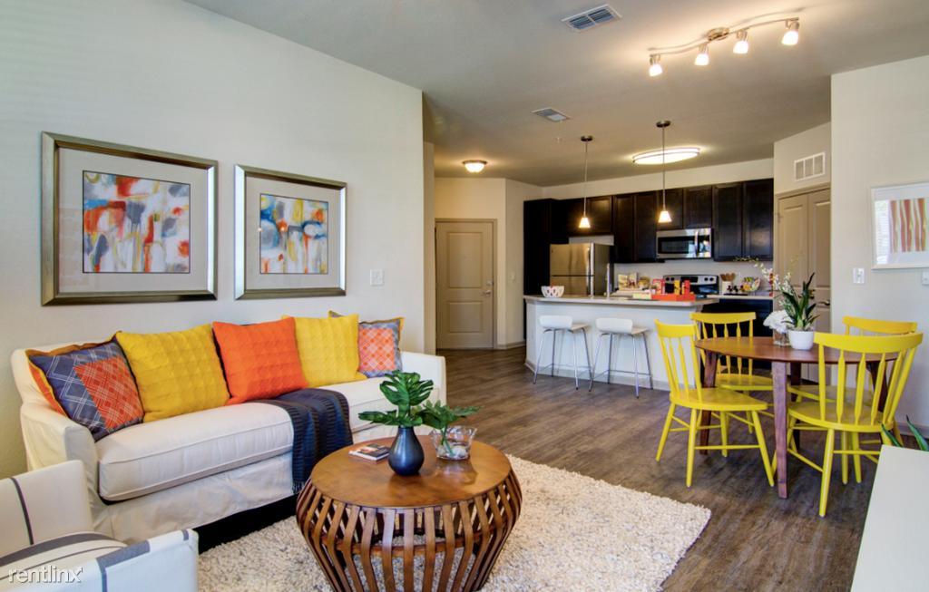Gran Bay Apartments at Flagler