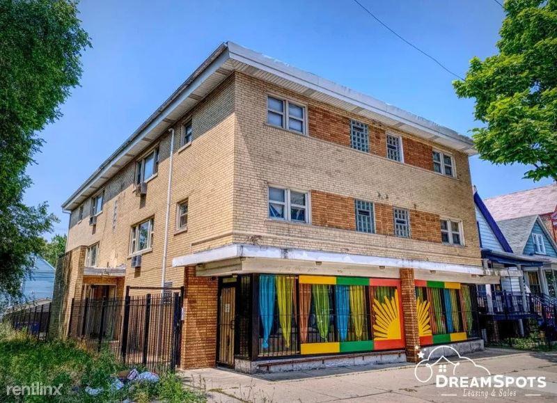8216 S Exchange Ave 5
