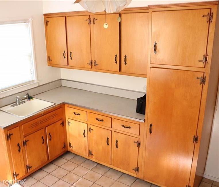 Wonderful 1 Bed Apt 1st Floor Private Home -Yard - H/HW- Laundry On Site /Rye Brook
