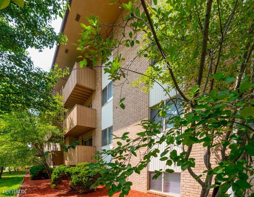 Abbey Villas Apartments in Jackson, MI