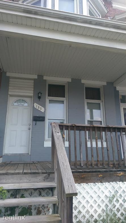 135 S Loudon Ave