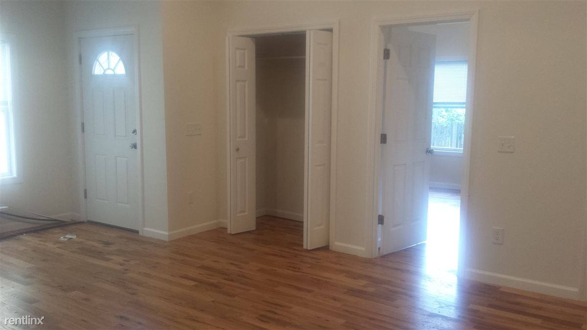 Quadplex for Rent in Stamford