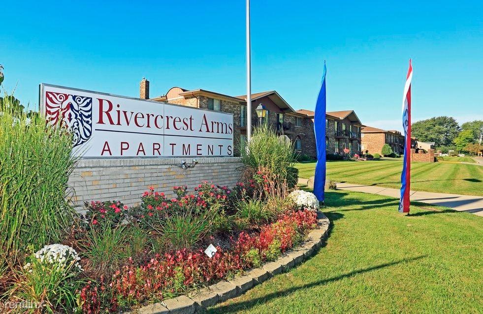 Rivercrest Arms Apartments