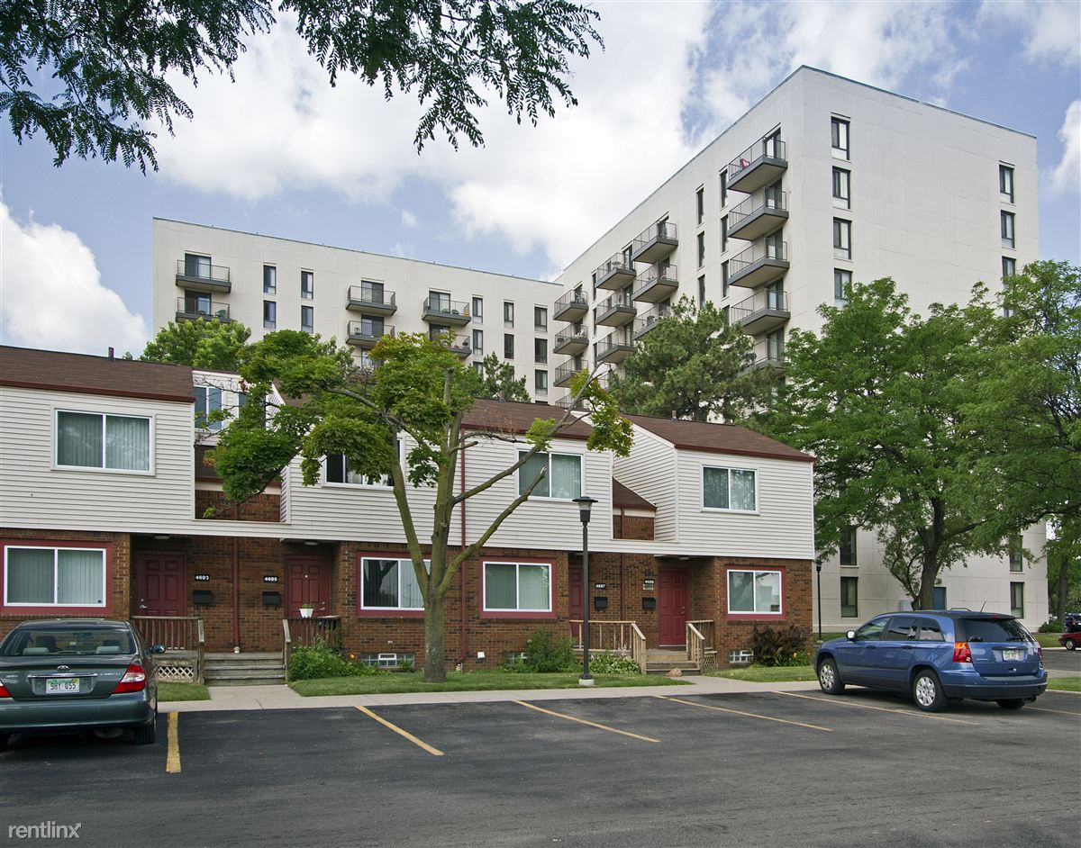 Viewpointe Village Apartments & Townhomes
