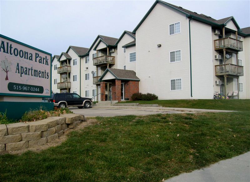 $810 - $975 per month , 401 2nd St NW, ALTOONA PARK APARTMENTS