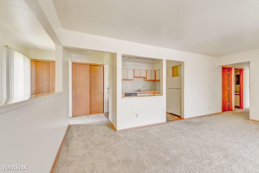 Morris Square Apartments in Mount Morris, MI