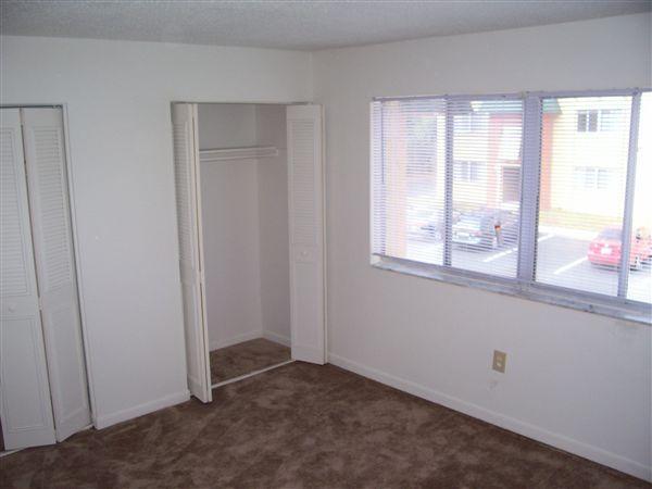 1x1- Bedroom