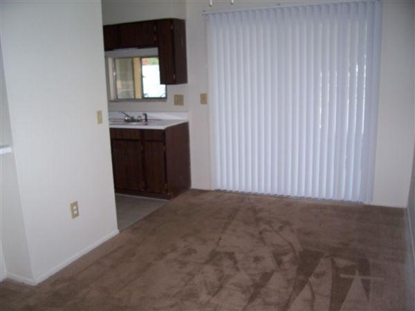 2x2- Dining Room