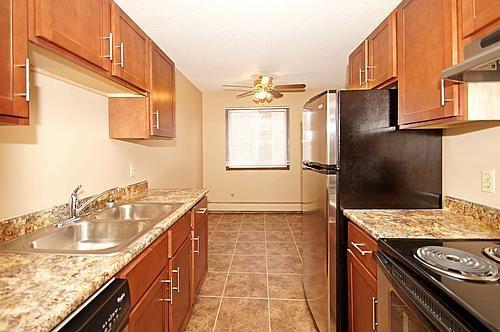 Garfield Apartments $855