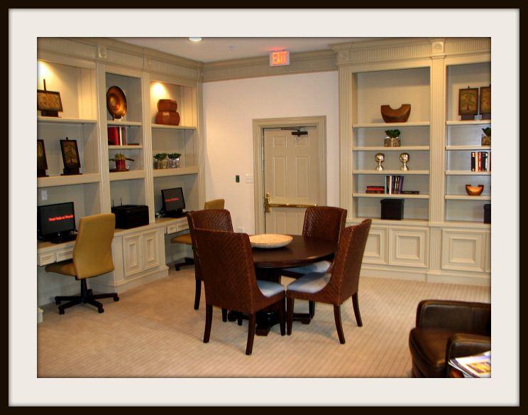 8-Resident Business Center