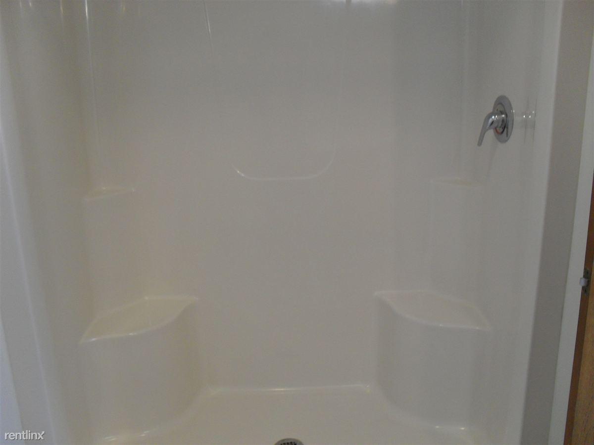 3 bdrm shower