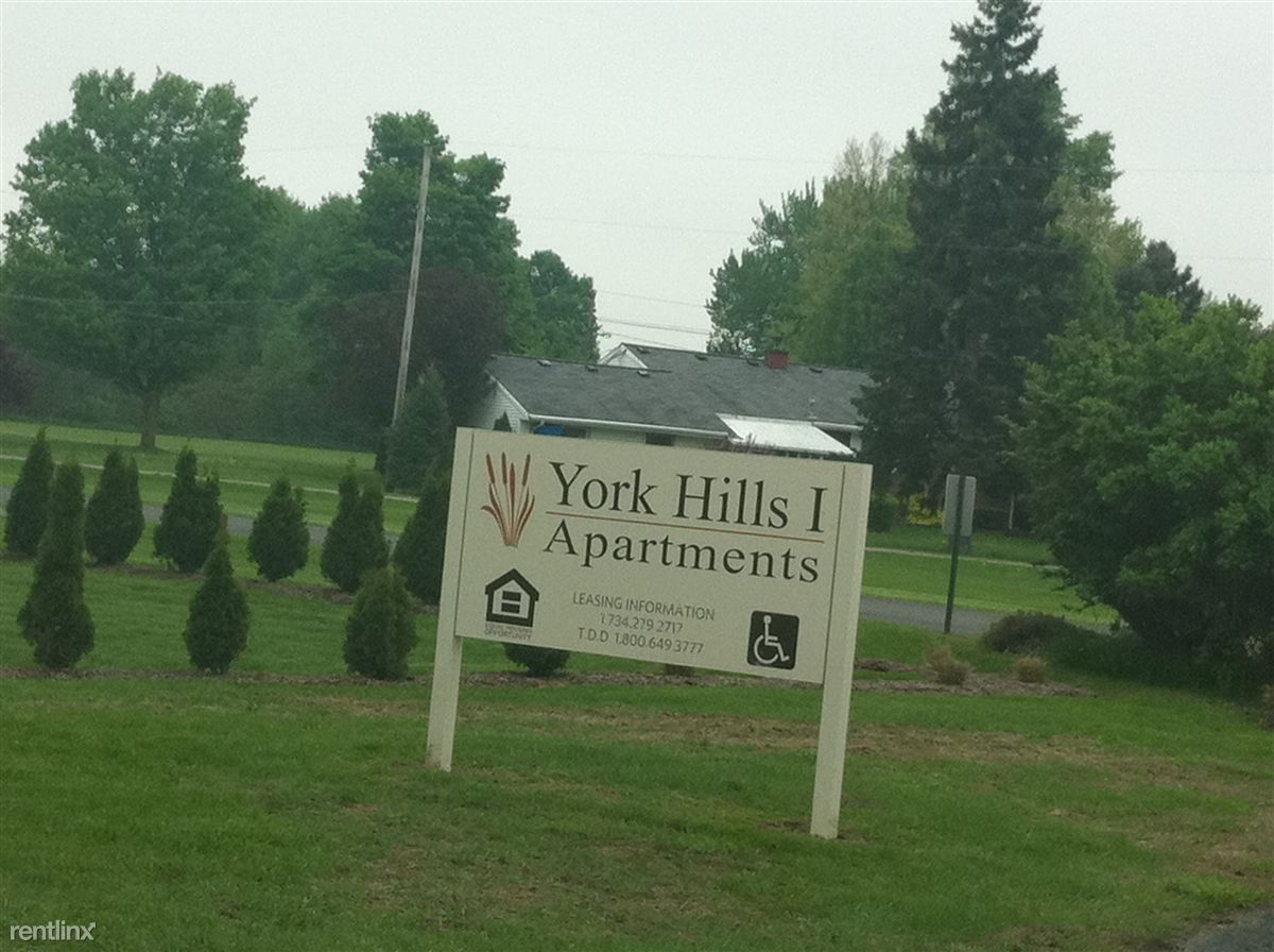 York Hills I Apartments