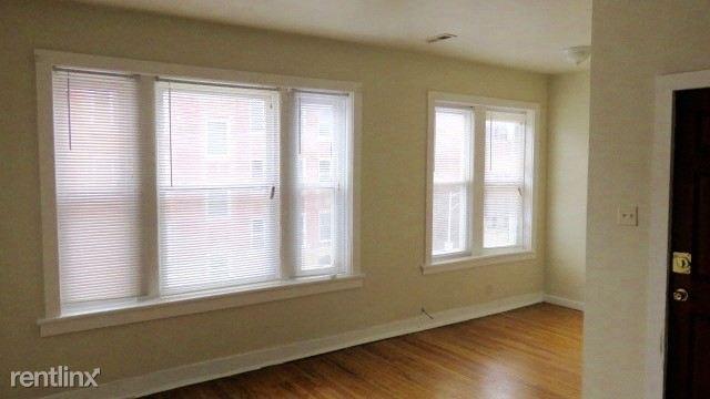2122 living room