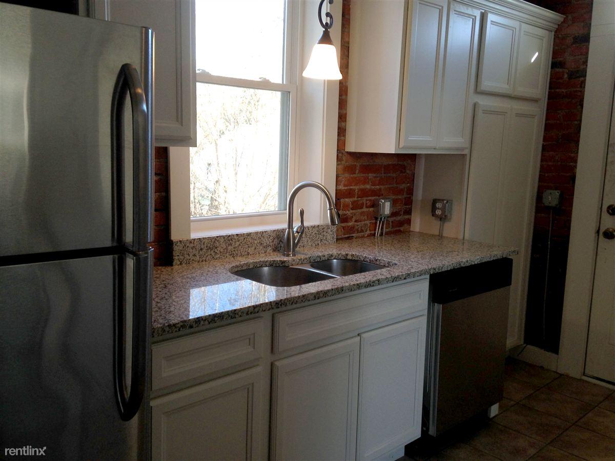 Lower unit - kitchen