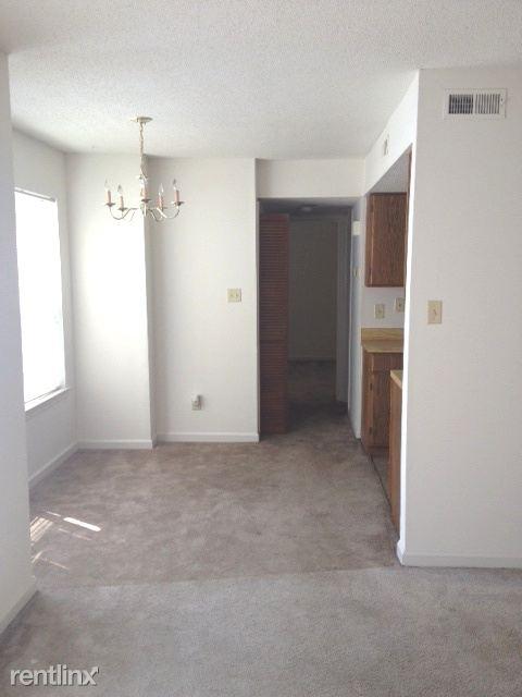 Lakeridge 1 bedroom 3