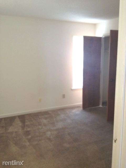 Lakeridge 1 bedroom 6