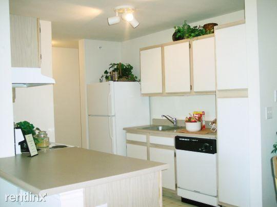 Ashwood Apartments Saint Charles Missouri Kitchen