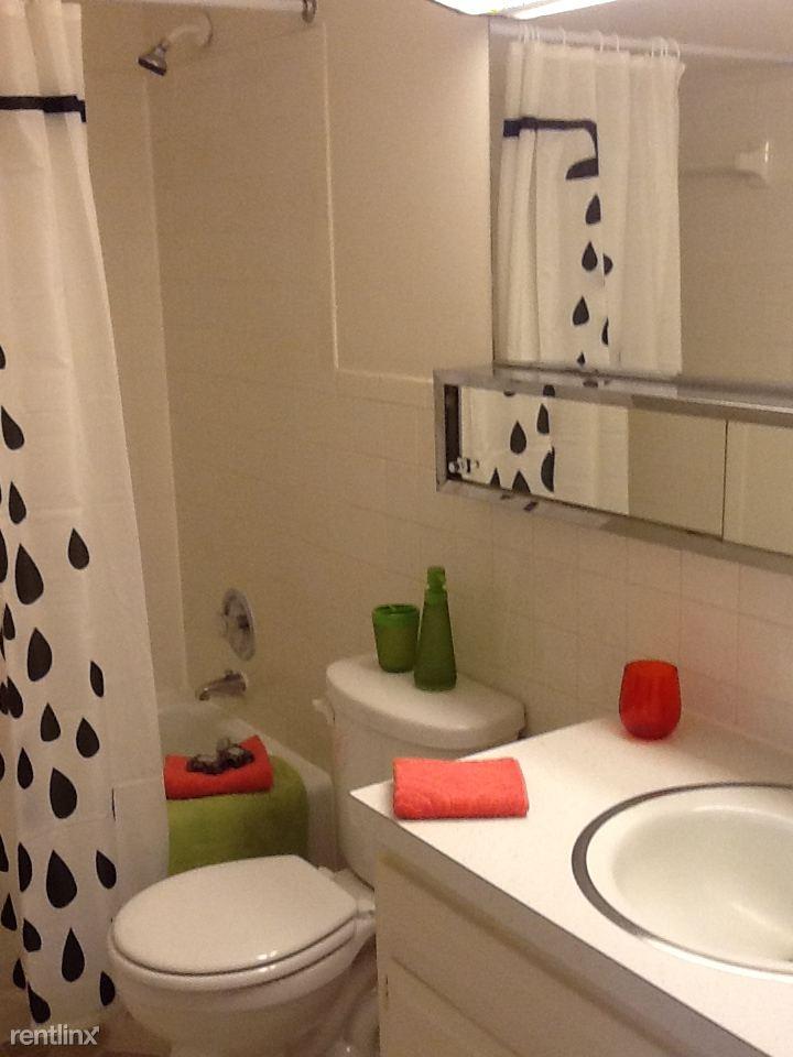 LIB 708 bath