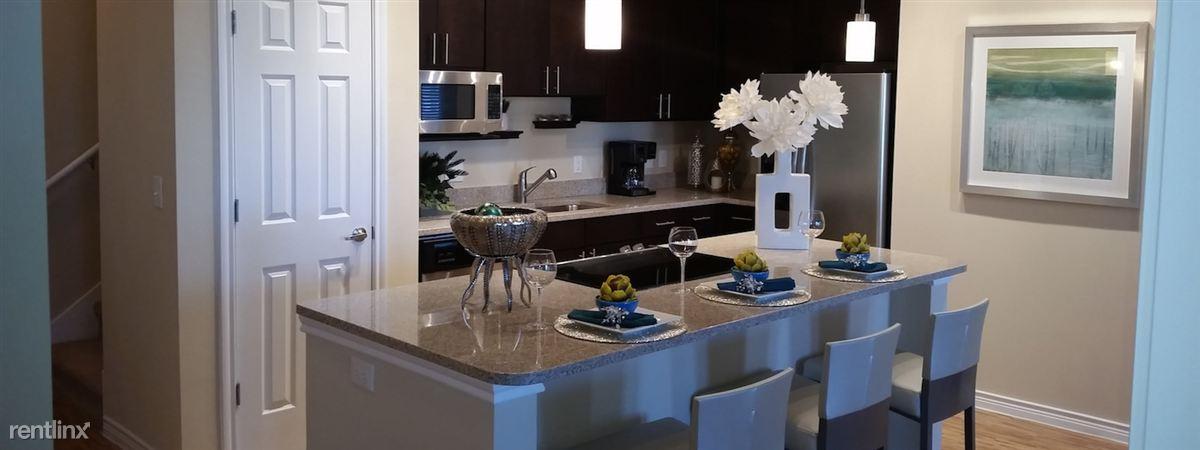 model-dining
