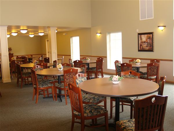 Community Dining Room serving delicious meals at lunch & dinner