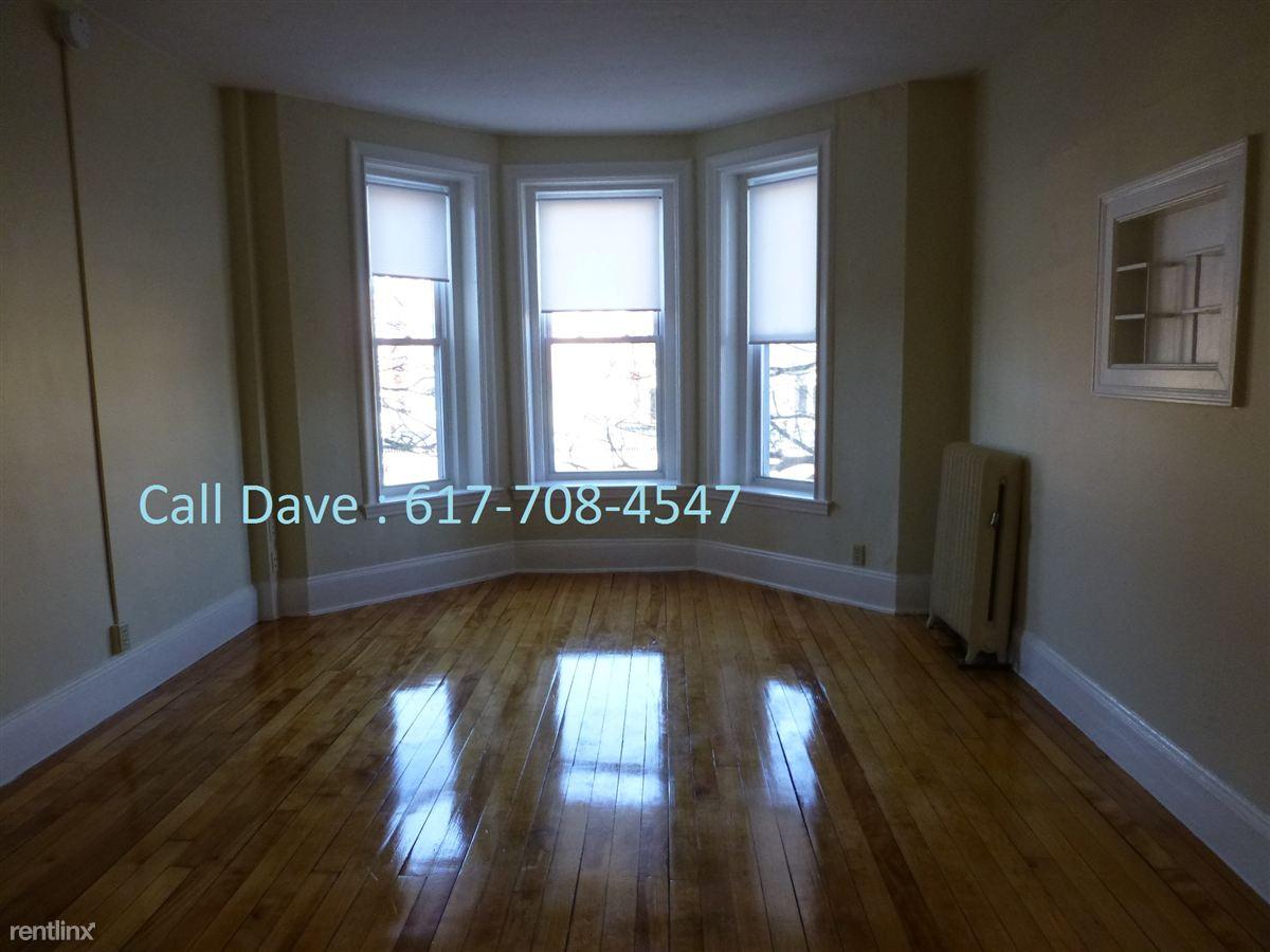 1293 Commonwealth Ave