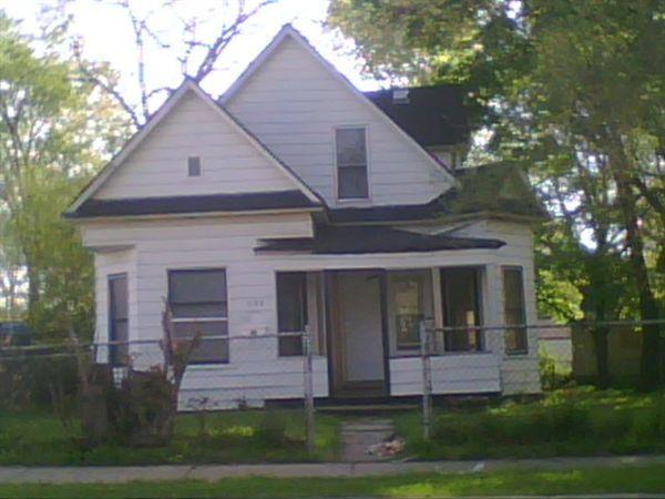 233 S Johnson St