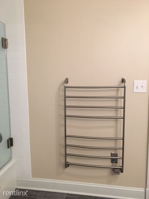 The Washington Towel Warmer