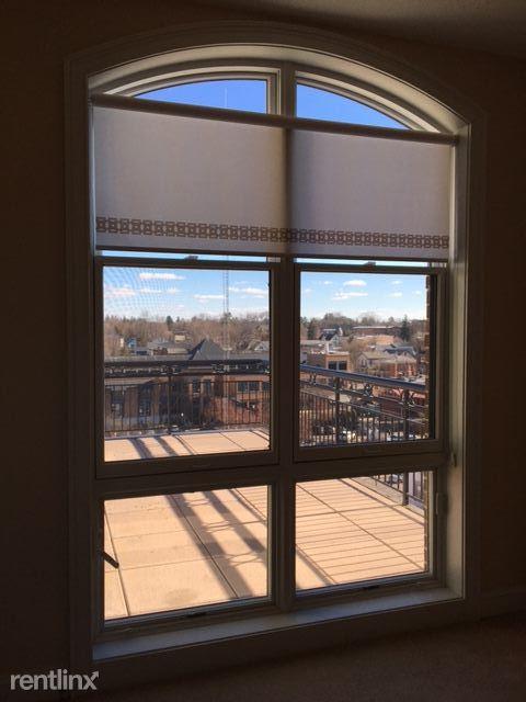 Window in Den
