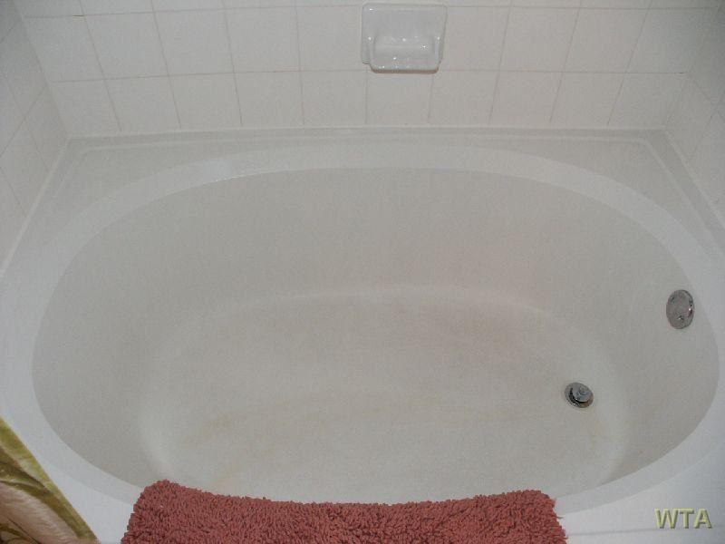 Garden-Style Tub