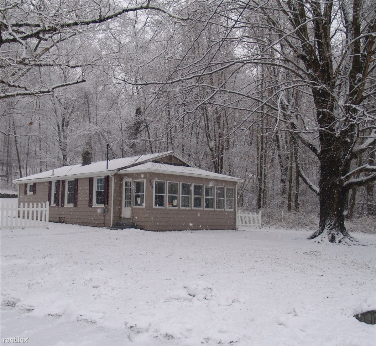 House for Rent in Mansfield Center