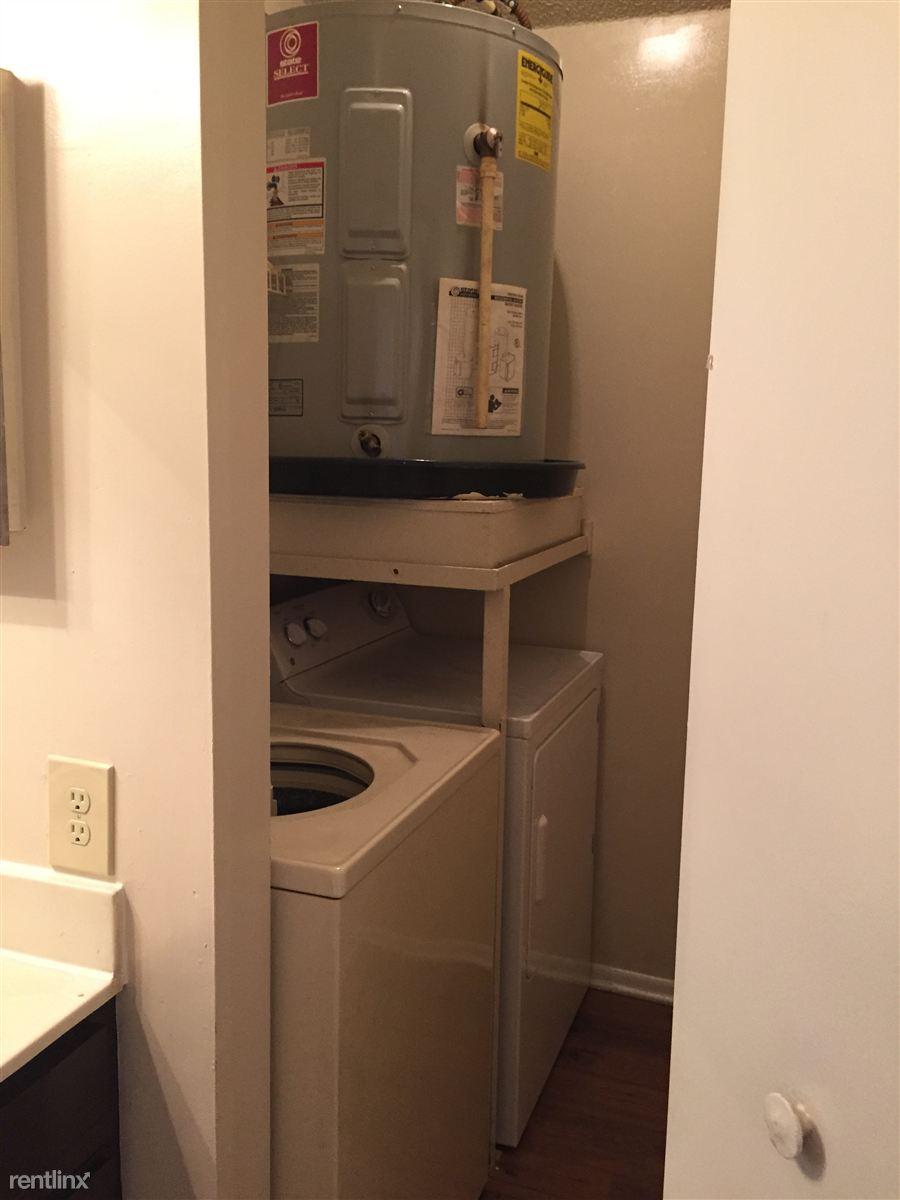laundry room 12