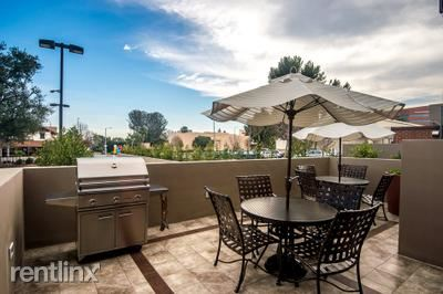 Apartment for Rent in Encino