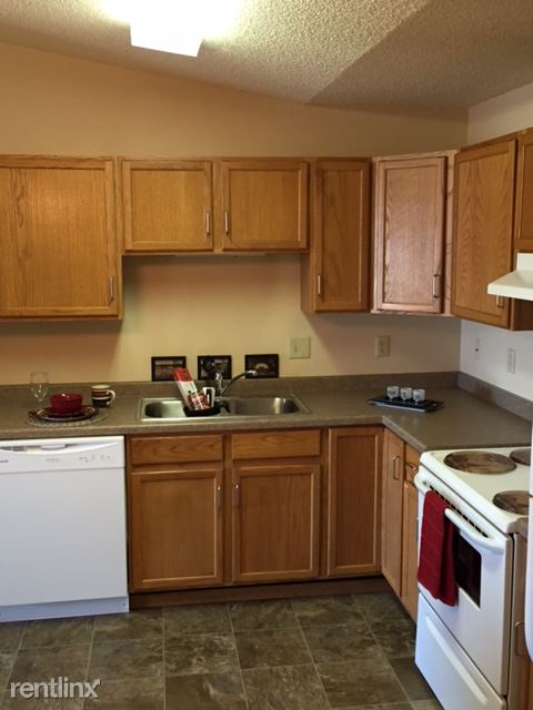 FV 3bd 2 bt-kitchen