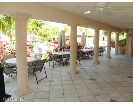 Abacoa-Somerset-Clubhouse-Patio-TheShattowGroup