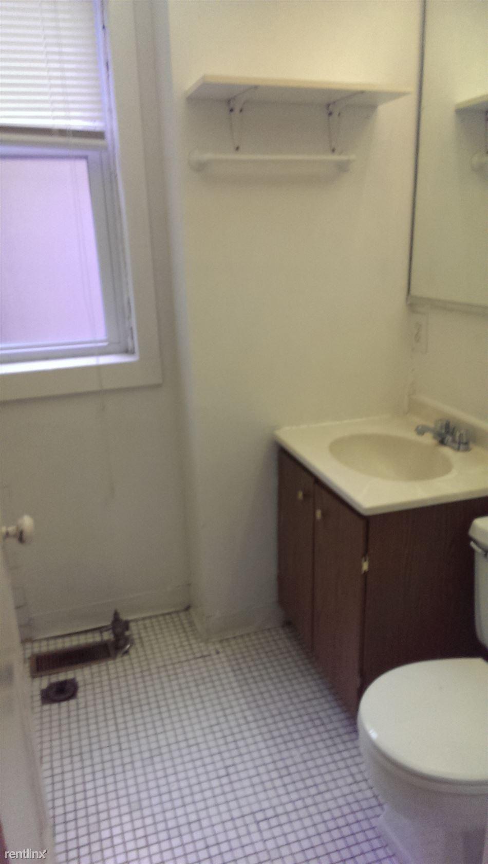 821 #1R Bath