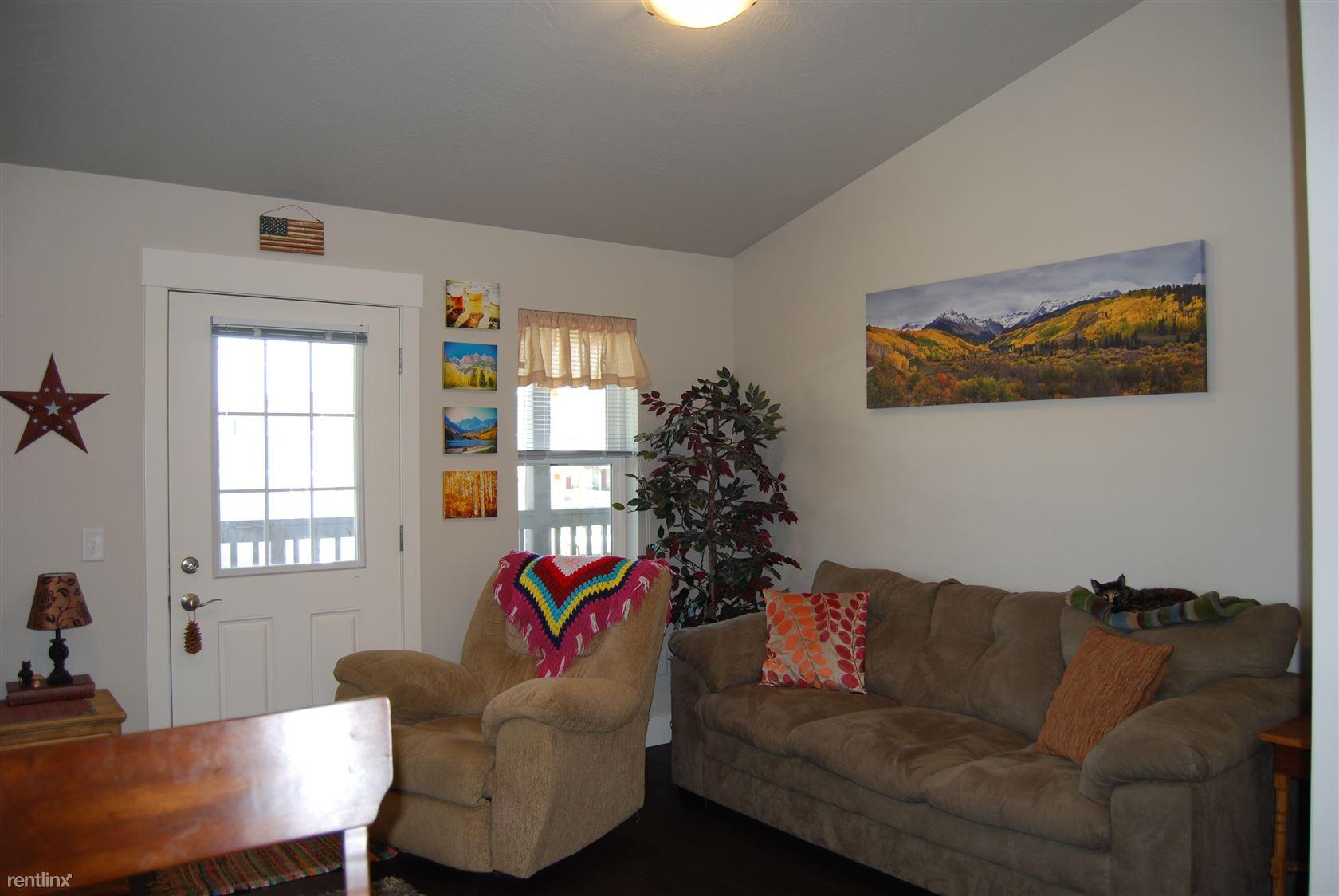 3rd St. W. For Rent Missoula, MT  (8)