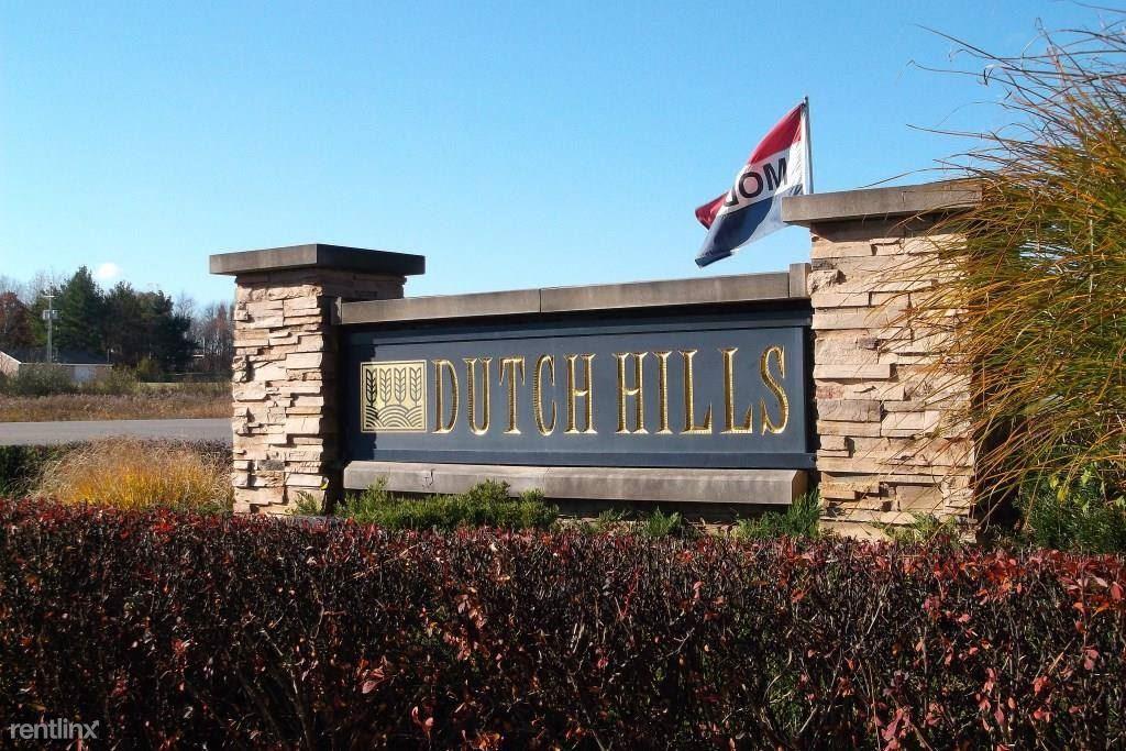 Dutch Hills Road Sign