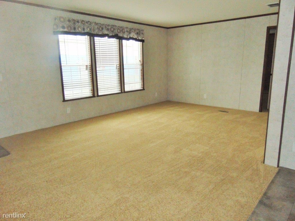 Lot #54-4b-28X56 -1199-Living Room