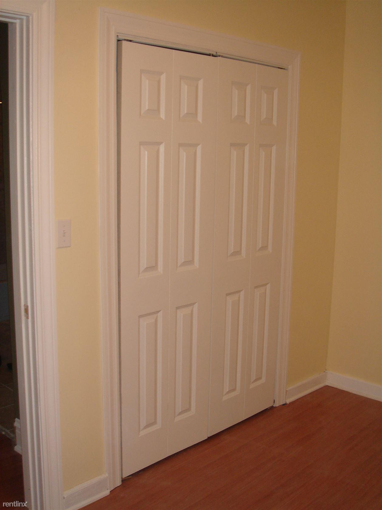 BR2 Closet