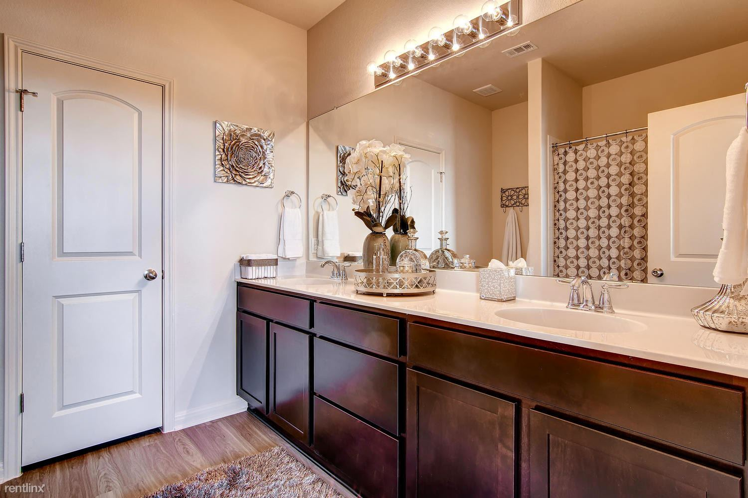 DoubleEagleTownhomes - Model - large-049-Double Eagle Townhomes 1 -1500x1000-72dpi