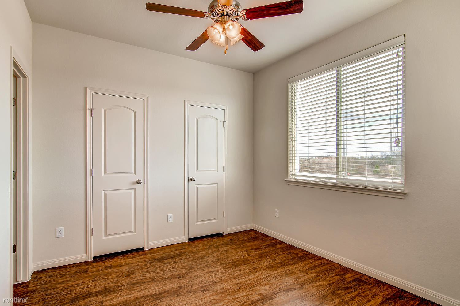 DoubleEagleTownhomes - 2 Bedroom - large-010-Double Eagle Townhomes 1  2-1500x1000-72dpi