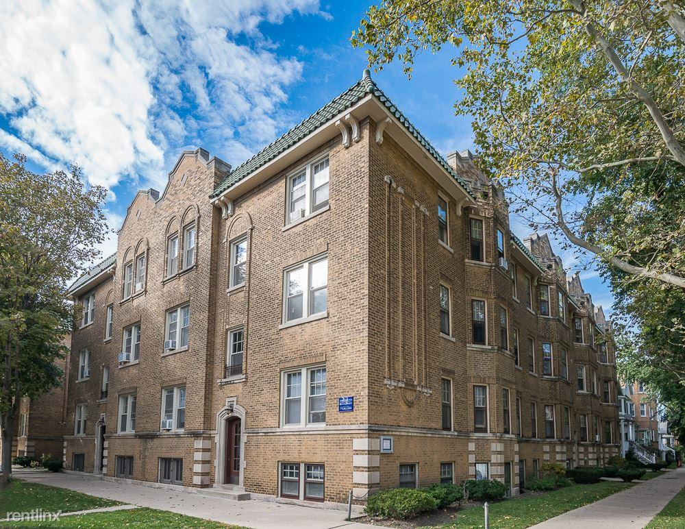 2100-12 W Ainslie Apartments